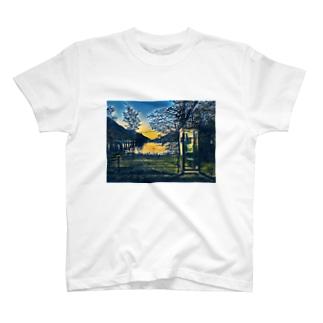 Enbby 電話ボックスTシャツ T-shirts
