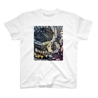 メビウスの叫び T-shirts