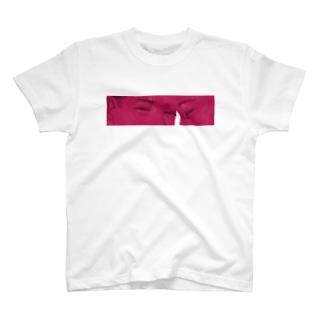 2人分の視線 T-shirts