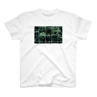 Cage of heart T-shirts