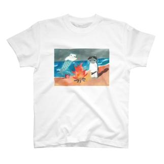 たき火 T-shirts