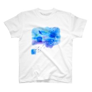 ウリクラゲとマンタの四角い海 T-shirts