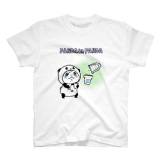 パンダinパンダ(ソフトクリーム) T-shirts