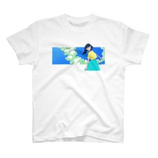 入道雲ガール T-shirts