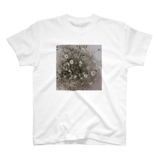 平井蘭香のかすみ草 T-shirts
