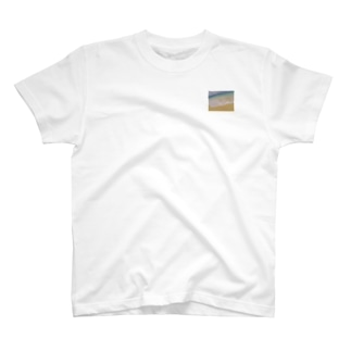 TSUNAMI。KONAMI。 T-shirts