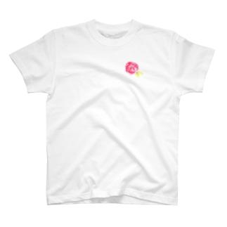 赤いバラ T-shirts
