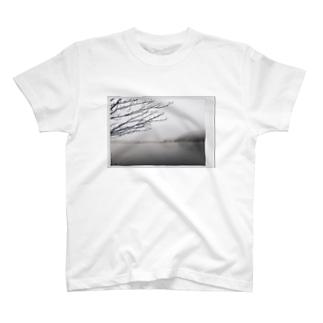 湖ティー T-shirts