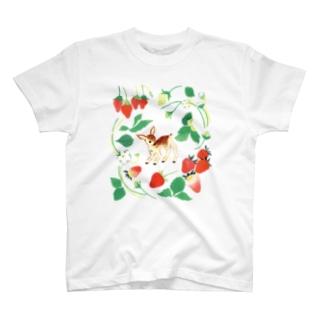 いちごと小鹿 T-shirts
