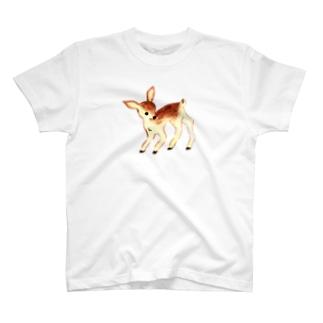 小鹿 T-shirts