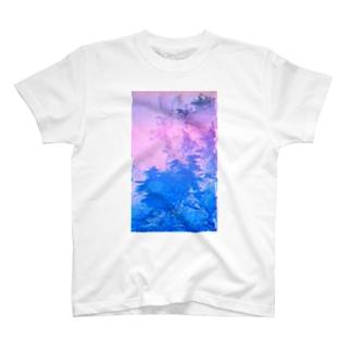 四季山水図remix T-shirts