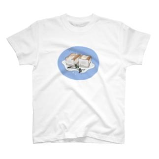 ティンカーはチーズケーキに腰掛ける○ T-shirts