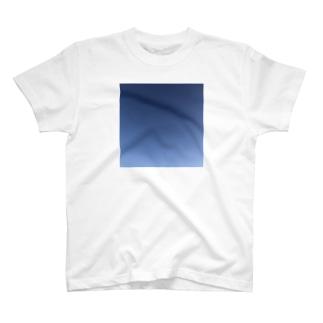 イバショ。の本物の空 青色 T-shirts