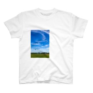河原のグライダー T-shirts