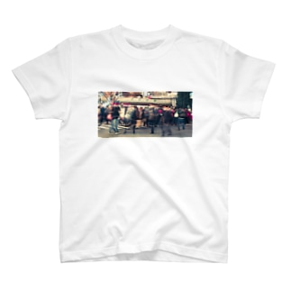 SHIBUYAのスクランブル交差点 T-shirts
