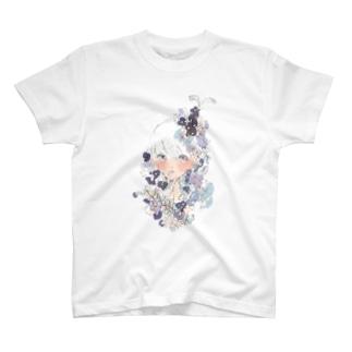 お花の髪飾り 白 T-shirts