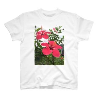 じいちゃんちに咲いとった花 T-shirts