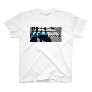 旅先写真📸のロンドンの横断歩道 T-shirts