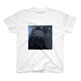 🤍 T-shirts