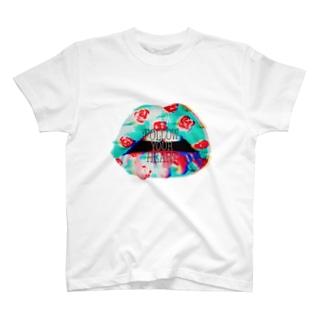 毒々しいキス T-shirts