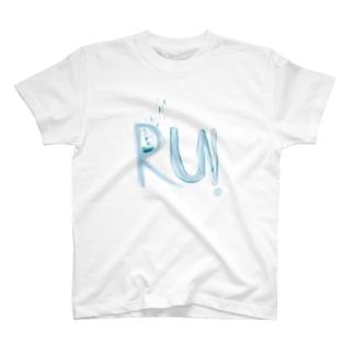 るん。 T-shirts