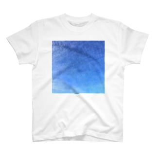 cirrocumulus うろこ雲 T-shirts