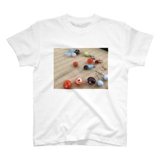 トンボ玉 T-shirts