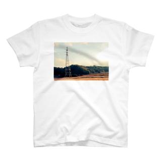 黄昏 T-shirts