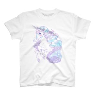 Dreamy Unicorn・:*+.:+ T-shirts