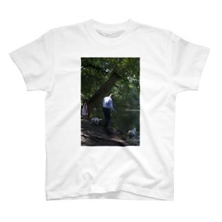 クツナ ノリコのdog-1 T-shirts
