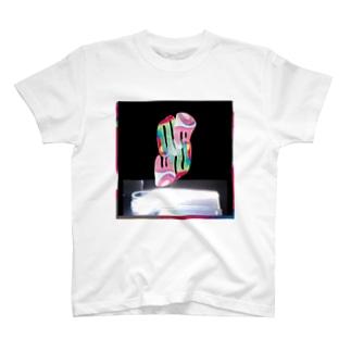 urisakachinatsuグラフィック T-shirts