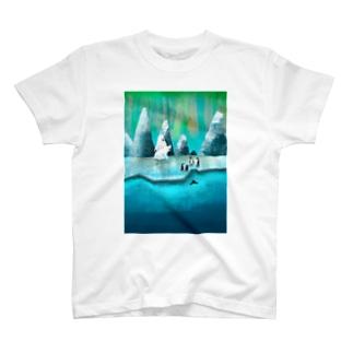 The arctic T-shirts
