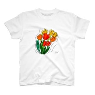 そよそよチューリップ T-shirts