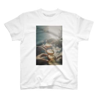 𝑀𝓊𝓂𝑒の海とオレンジ T-Shirt