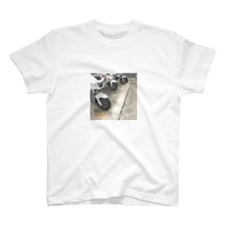オタクはすぐに写真を撮るなよ T-shirts