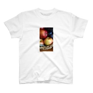 アップルバスケット T-shirts