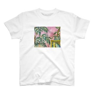 本棚 ピンク T-shirts