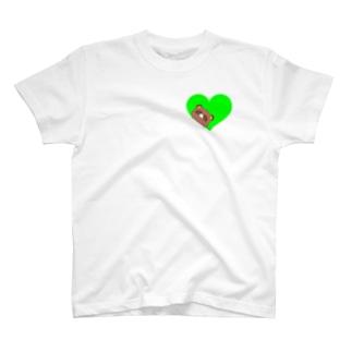 ハート穴から覗くよたぬぅ T-shirts