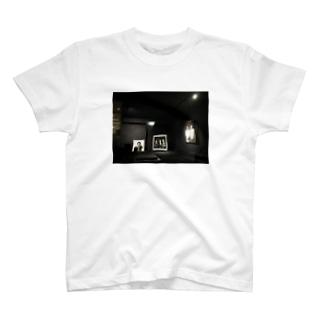 Mono Art T-shirts