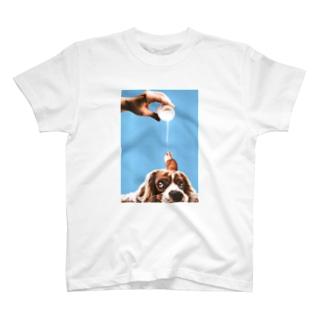 ミルクの時間(背景有 T-shirts