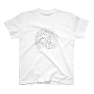 梅雨の麦わらガール T-shirts
