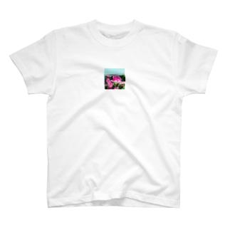 Yoshikazu Jのベイビーローズ T-shirts