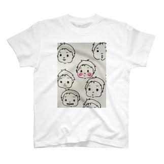 赤ちゃんタケルくん T-shirts