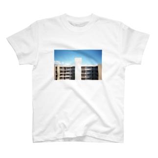 写真のキッポのビンテージマンシオン T-shirts