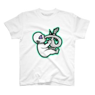 🍼英才教育を受ける乳児🍼 T-shirts