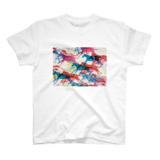 KAERUCAFE SHOPのうま T-shirts