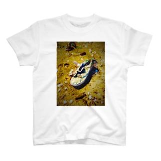 スタンスミスの終わり T-shirts