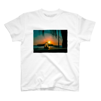 AUCH フォトTシャツ 白 T-shirts
