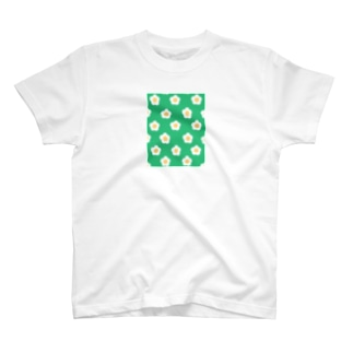 White Flower(グリーングリーン) T-shirts