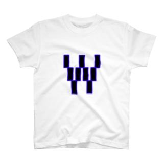 HyuuiのアルファベットW T-shirts